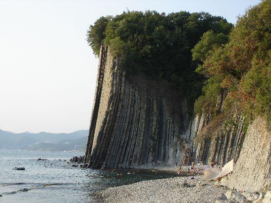 Один из самых загадочных памятников природы Туапсе - скала Киселева