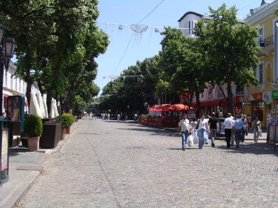 Зима в Одессе, как правило, мягкая и комфортная, а лето - жаркой, а порой и знойное
