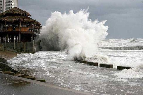 Зимой в Сочи бывают сильные шторма