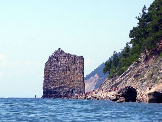 Удаленность Просковеевки от крупных курортов позволет поселку сохранять чистоту моря и пляжей