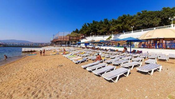 Частный пляж от санатория Красная талка