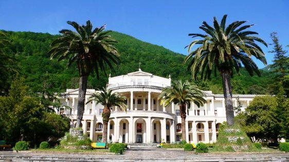 Абхазия - это одна сплошная достопримечательность