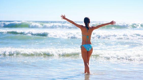 Азовское море прогревается уже в мае, поэтому отдыхать тут можно раньше, чем на Черноморских курортах России