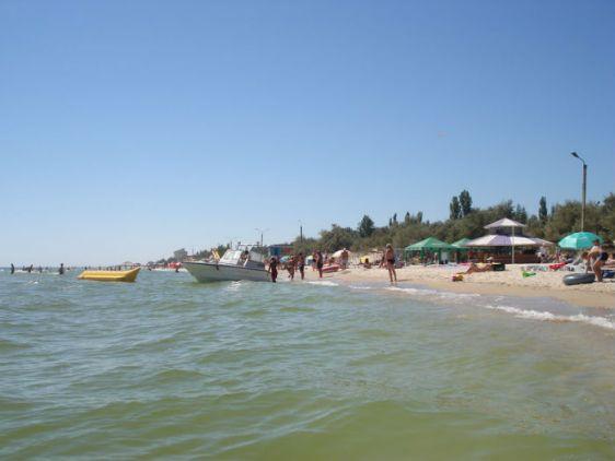 На российском побережье Азовского моря расположены десятки курортов