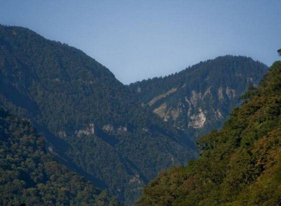 Панорамный вид на Жоэквардское ущелье