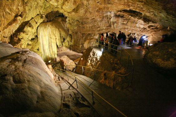 Гигантская Новоафоновская пещера не уступает своими размерами даже самым крупным мировым подземельям