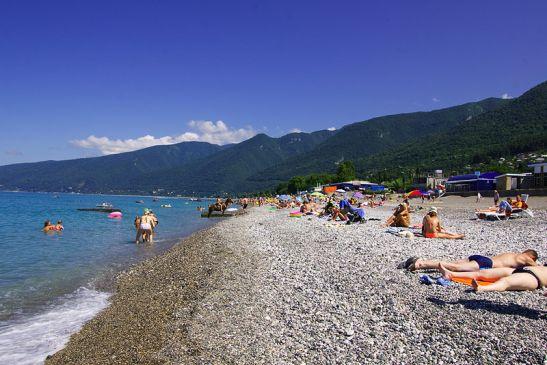 Пляжный отдых в Абхазии - одно из самых популярных направлений