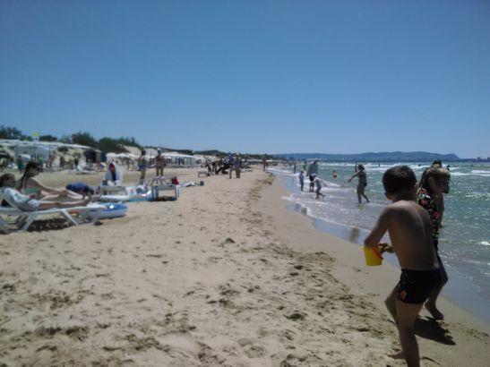 Пляжи Анапы в июне привлекают небольшим количеством туристов