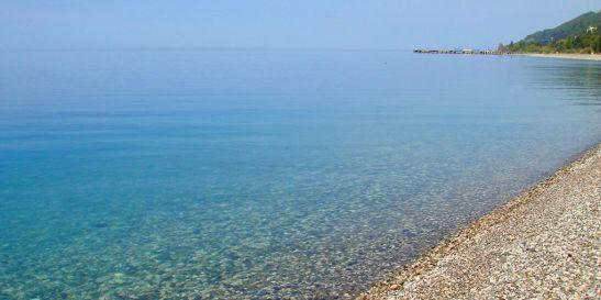 Пляжи в Старой Гагре